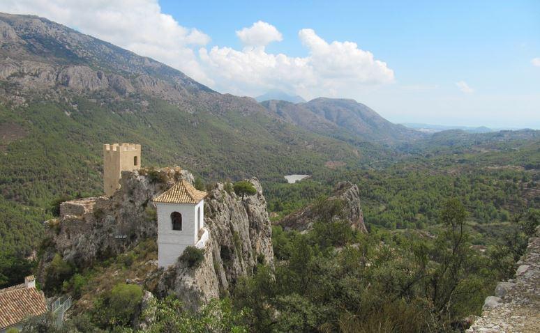 lugares para visitar en alicante Guadalest
