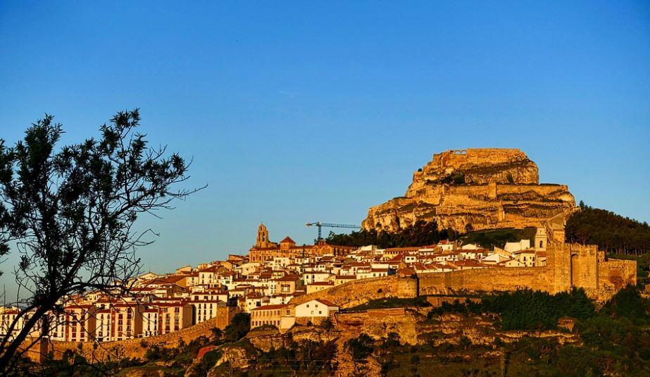 pueblos cerca de valencia Morella