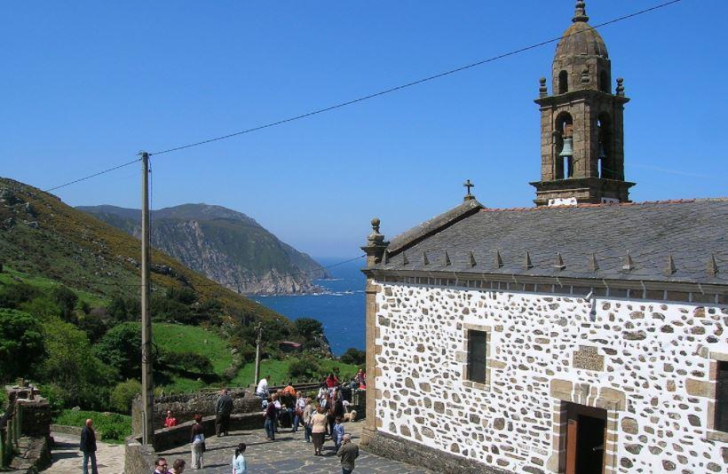 pueblos con encanto galicia San Andres de Teixido