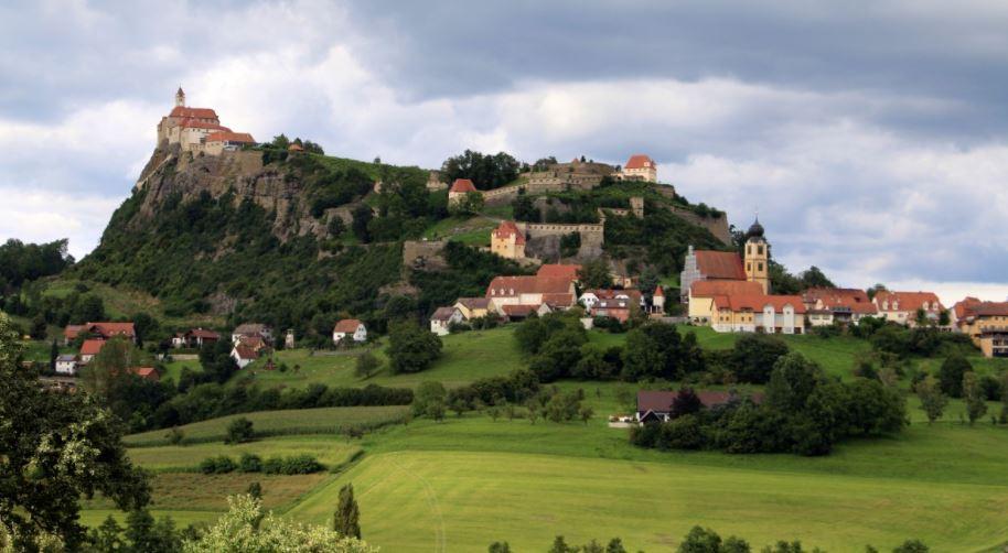 Riegersburg pueblos de austria