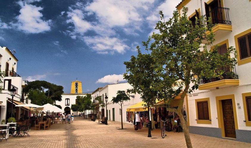 Santa Gertrudis de Fruitera pueblos de ibiza