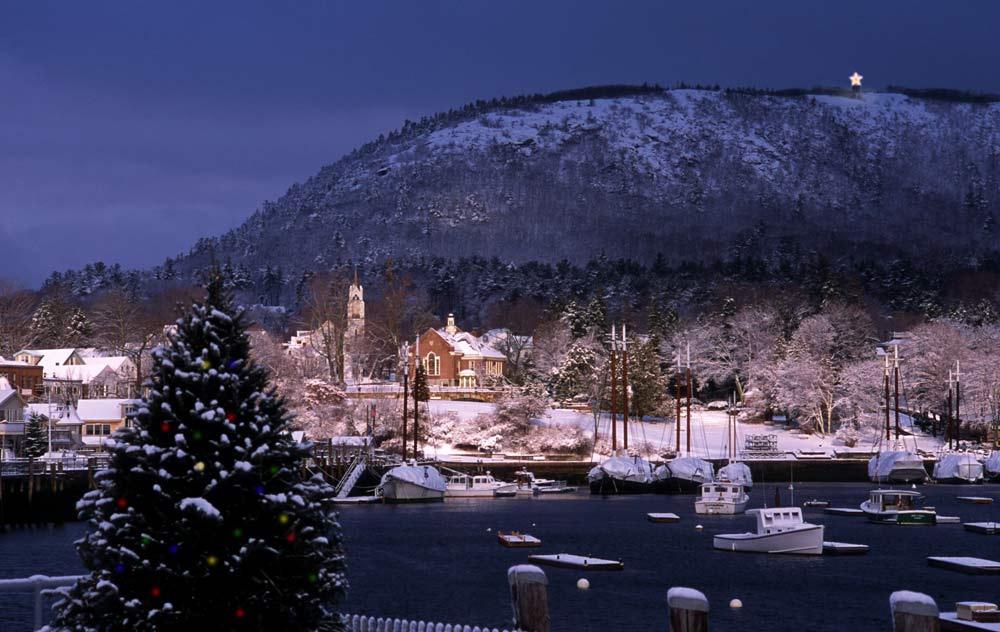 Camden Maine paisaje nevado de noche